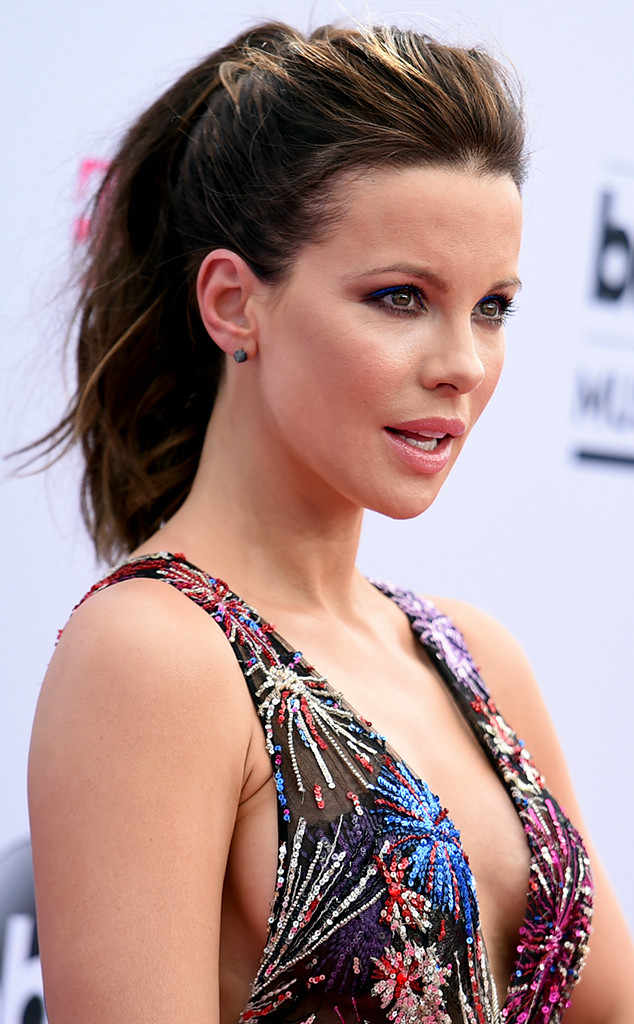 Her British Body - Famous Comics Kate Beckinsale naked